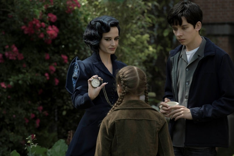 Eva Green, Asa Butterfield and Georgia Pemberton star in a scene from the movie <i>Miss Peregrine's Home for Peculiar Children</i>.
