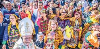Syrian Catholics gather at St Mary's Cathedral. The diversity of the Church in Australia is one of its strengths. Photo: Giovanni Portelli